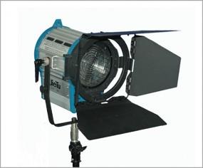 Studio Scheinwerfer Stufenlinse mit Torblende 1000Watt
