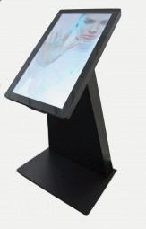Touchterminal mit kapazitiven 32 Zoll Touch Monitor Demo